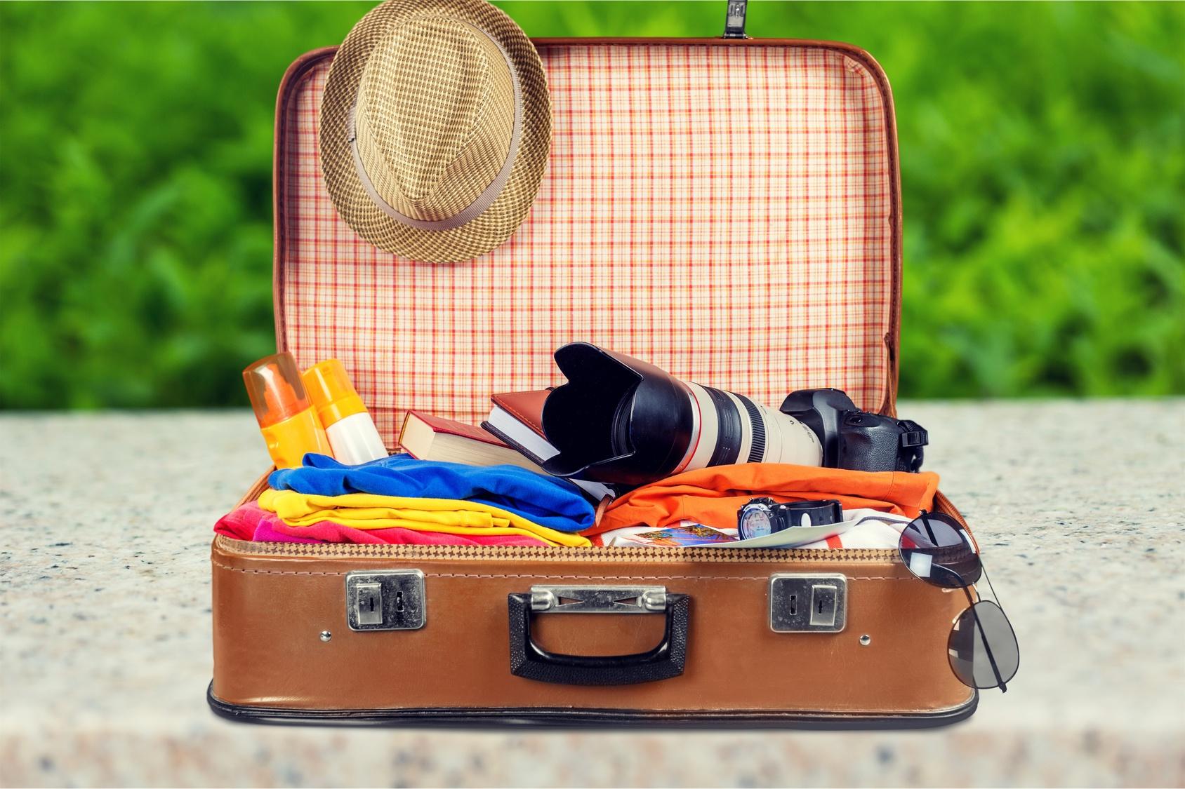 海外旅行で絶対に必要な持ち物とは