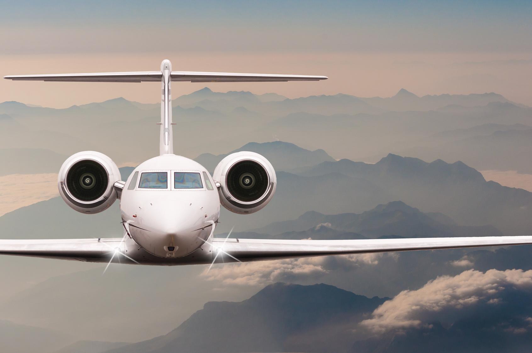 海外旅行の航空券はどこで購入すればいい?